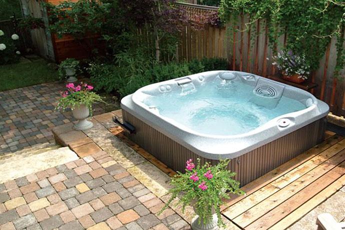 Hot Tub Installation Ideas: Knight Tubs & Spas | Okemo, Vermont